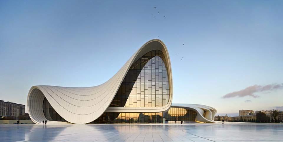 La célèbre ingénieure en bâtiment irako-britannique -Zaha Hadid-collecti-créateurs-essaouira